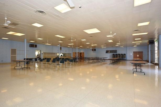 Cafeteria (photo 4)
