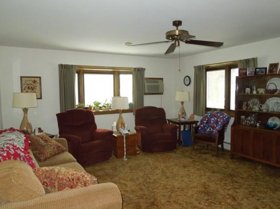 Main Living Room (photo 4)