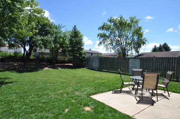Patio and Fenced Yard (photo 3)