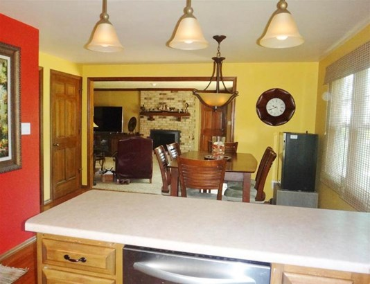 Kitchen and Dining Area (photo 4)