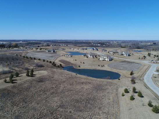 Pond (photo 3)