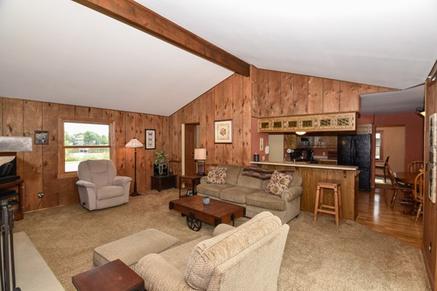 Family Room with Beam Ceiling (photo 4)