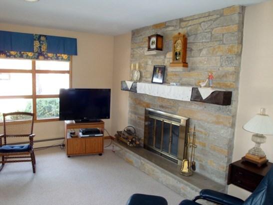 Living Room-b (photo 3)