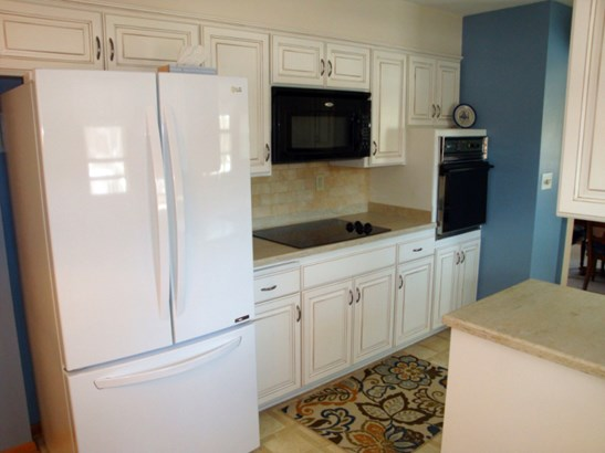 Kitchen-a (photo 5)
