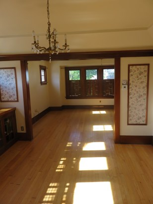 Dining and Living Room (Lower) (photo 5)