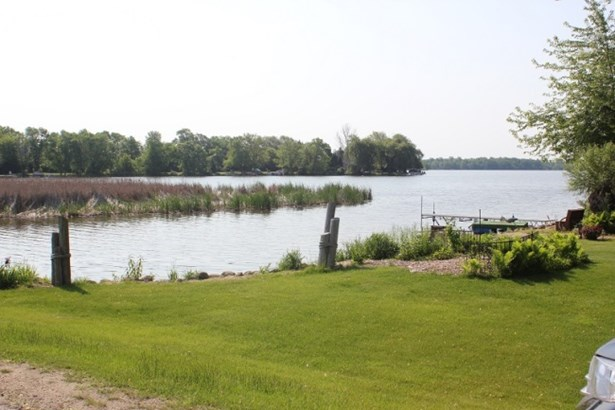 Lake view (photo 1)