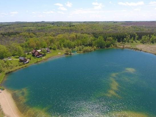 Lake (photo 3)