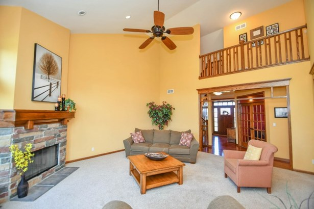 Two Story Living Room (photo 4)
