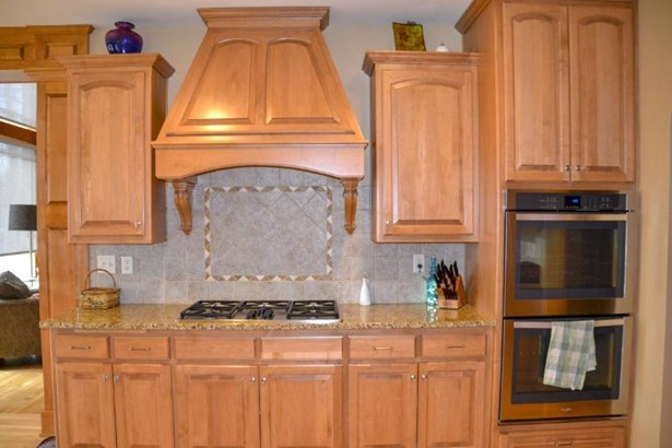 Tile backsplash (photo 4)