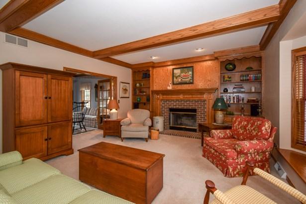 Gorgeous Family Room (photo 5)