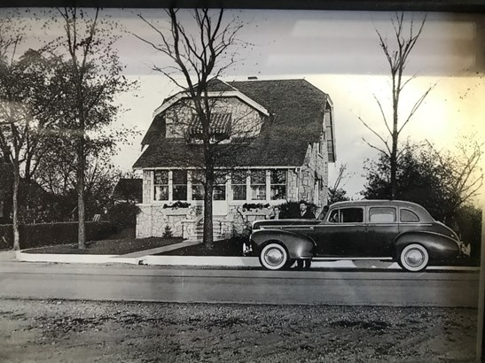 Vintage Photo of Home (photo 2)