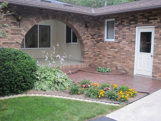 Front Entry (photo 2)