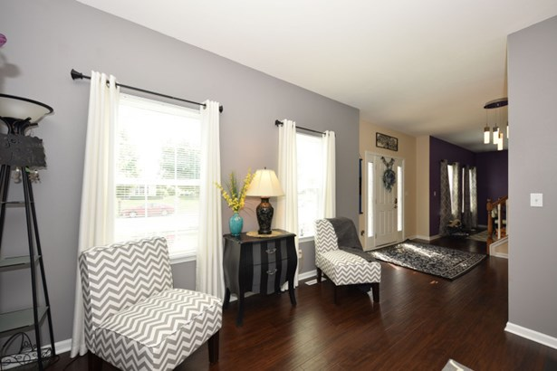 Family Room w Natural FP (photo 5)