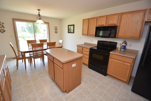 Kitchen and Dining (photo 2)