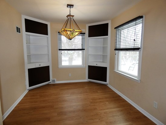 Formal Dining with Built-ins (photo 3)