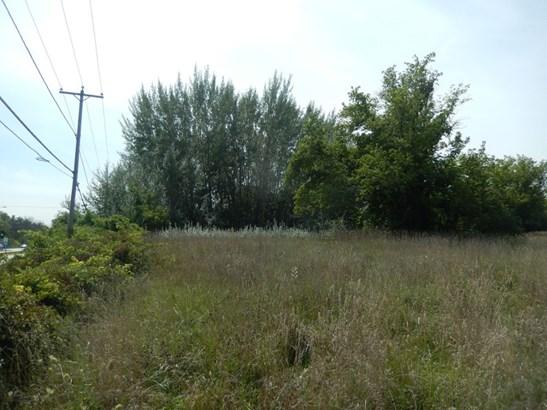 corner vacant land (photo 3)