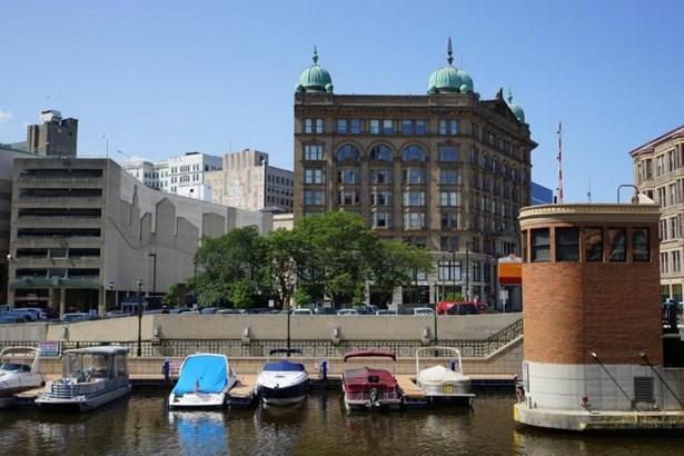 exterior river (photo 1)
