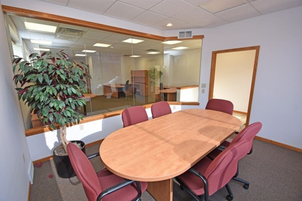 Conference Room (photo 5)
