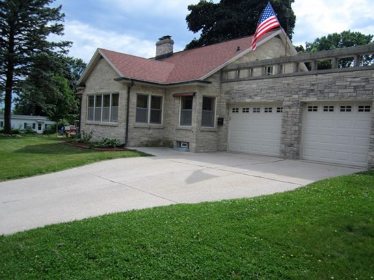 Side View of House (photo 2)