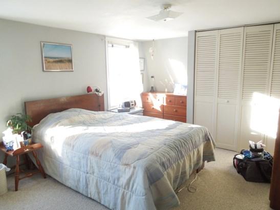 Spacious Bedroom (photo 4)
