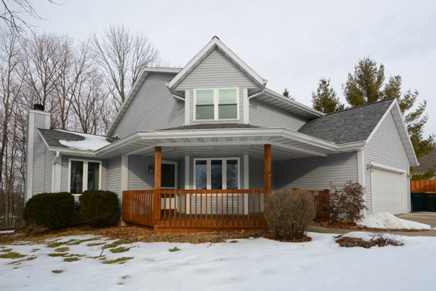 Front of Contemporary Home (photo 1)