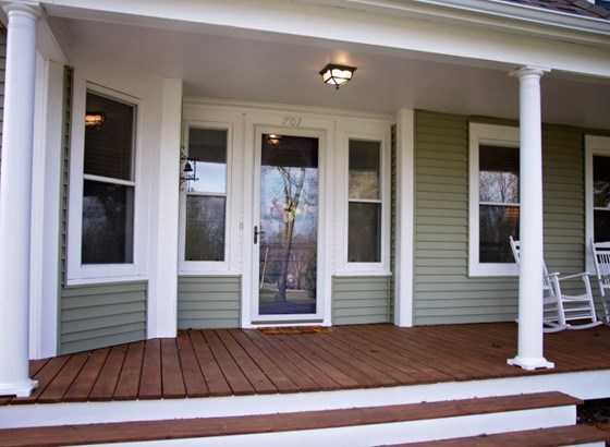 Welcoming Front Porch (photo 2)