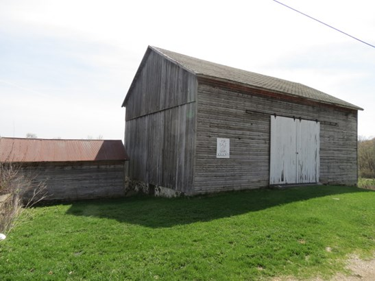 HAY BARN (photo 3)