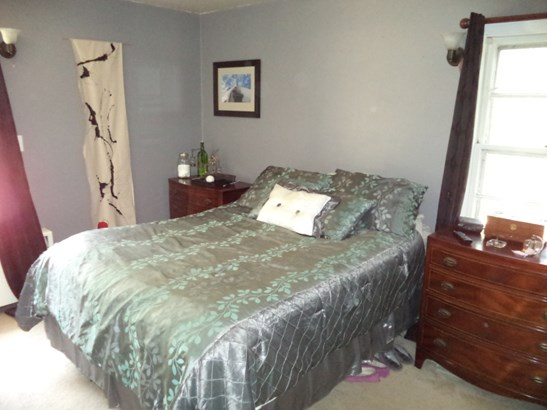 Unit #1 master bedroom (photo 5)