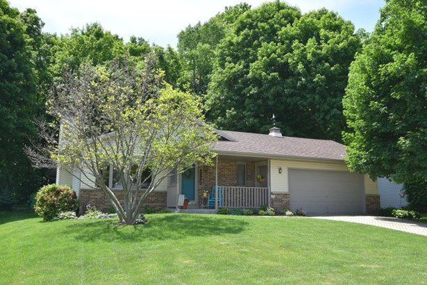 Well maintained ranch home (photo 1)