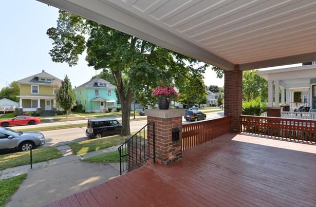 Front Porch #2 (photo 3)