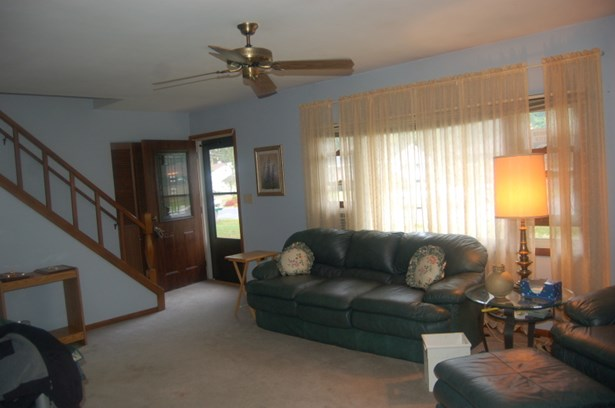 living room - view 3 (photo 5)