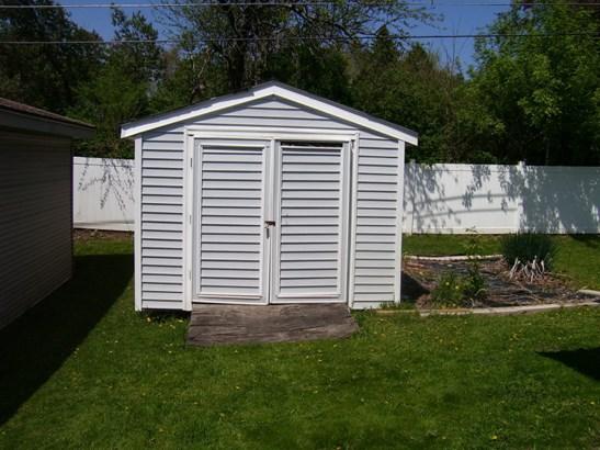 10 x 10 Storage Shed (photo 4)