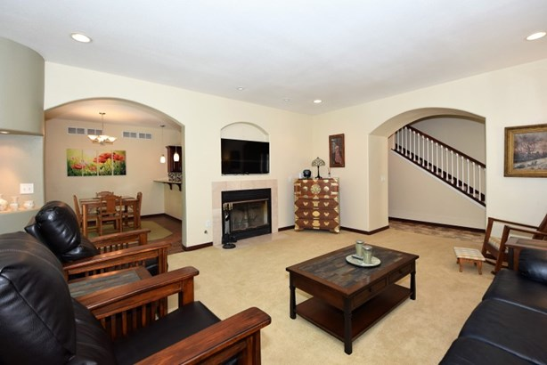 Living Room w/ Gas Fireplace (photo 3)