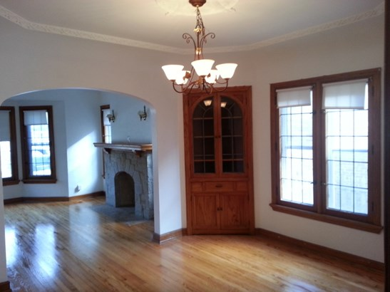Living/Dining Rooms (photo 5)