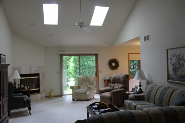 New skylights roof and gutters (photo 5)