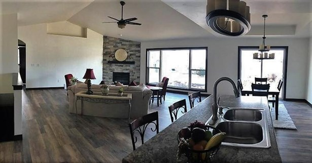 Kitchen into living room (photo 5)
