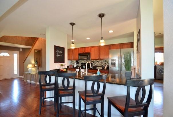 Galley Kitchen (photo 5)