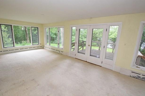 Three Season Room (photo 4)