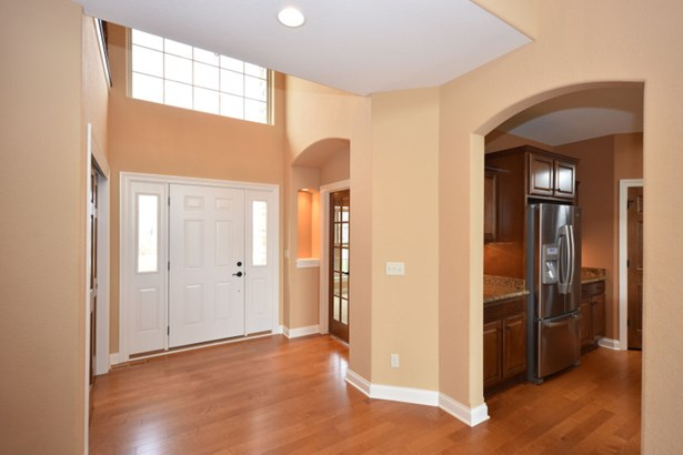 Entry Foyer (photo 2)