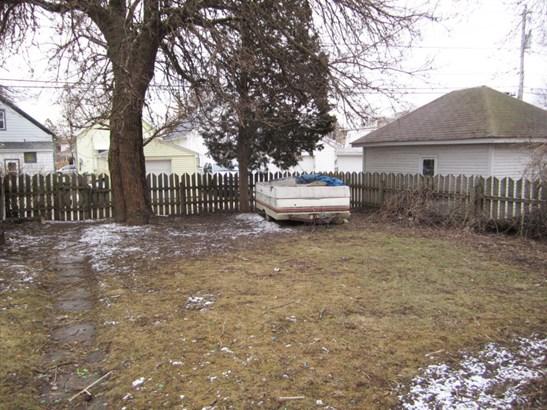 Yard-1 (photo 4)