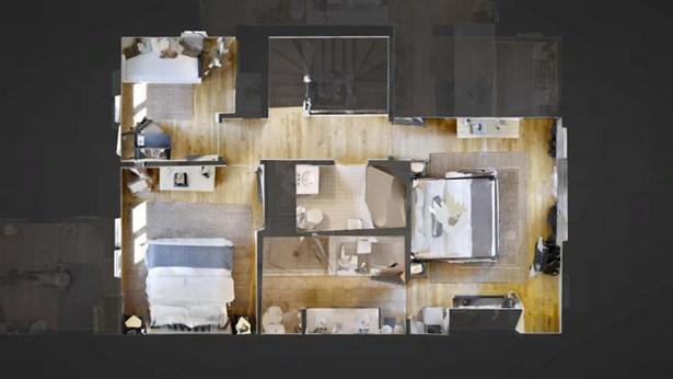 Light-filled Living Room (photo 3)