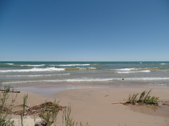 156' Lake Michigan Frontage (photo 1)
