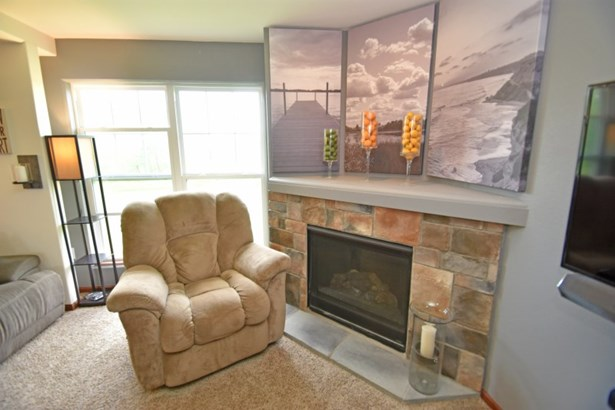 Fireplace in Living Room (photo 3)