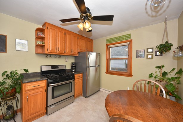 Stainless Steel Appliances (photo 5)