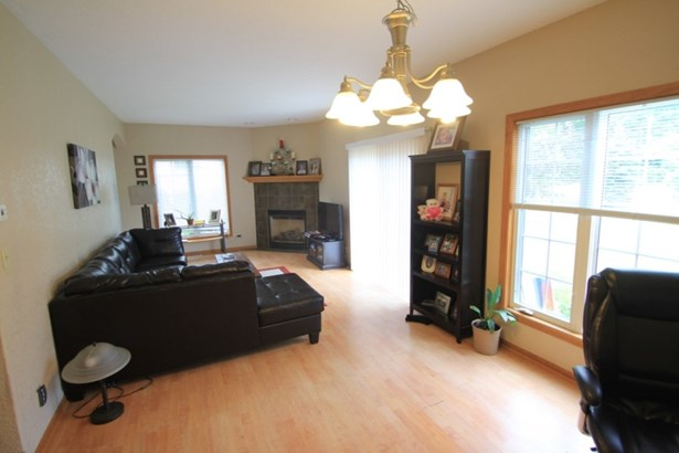 3606 Living and Dining (photo 4)