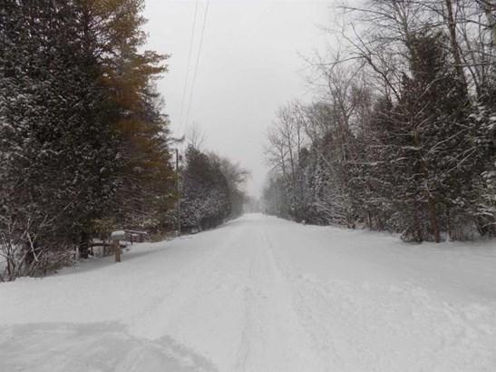 1.76 acres (photo 2)