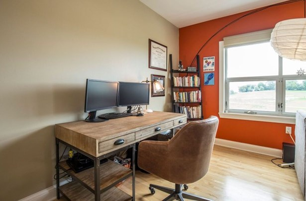 Office Nook (photo 5)