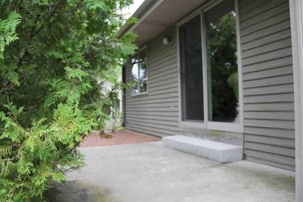 Concrete patio off Slider door (photo 5)