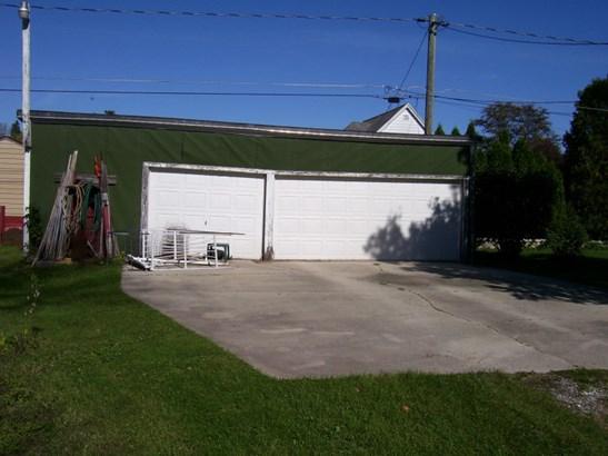 Residential Lot - 3 Car Garage (photo 1)