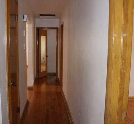 Bedroom Hall (photo 4)